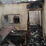 Rumah Tiominar Pasaribu Terbakar