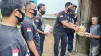 Sat Reskrim Bagi Sembako dan Takjil