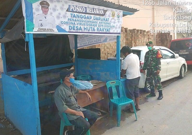 TNI Tinjau Pos COVID-19