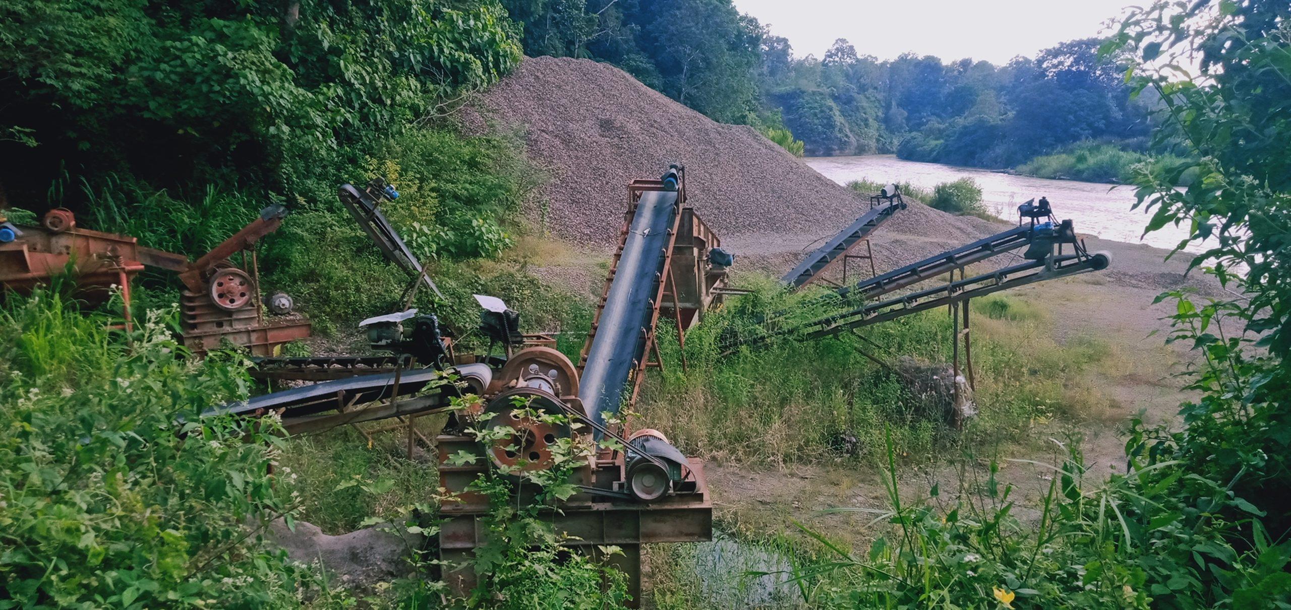 Mesin Stone Crusher milik Perusda Industri dan Pertambangan Taput (foto, SNT/TS)