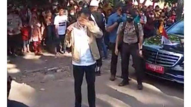Presiden RI Joko Widodo saat Tiba di Lokasi dan Meneteskan Air Mata