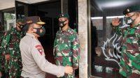 Kapolda Sumut Irjen Pol. Drs. R. Z. Panca Putra Simanjuntak melaksanakan kunjungan ke Batalyon Infanteri Raider 100/PS, Sabtu (3/4/2021).