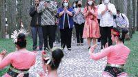 Wabup Humbahas Buka Pagelaran Seni dan Budaya di Sipinsur Doloksanggul