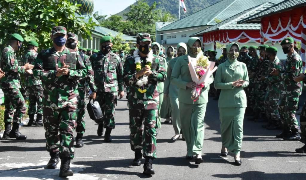 Kepala Staf Kodam I/BB, Brigjen TNI Didied Pramudito mengunjungi Makorem 023/KS di Jalan Datuk Hitam No.1, Kota Sibolga, Selasa (25/5/2021).
