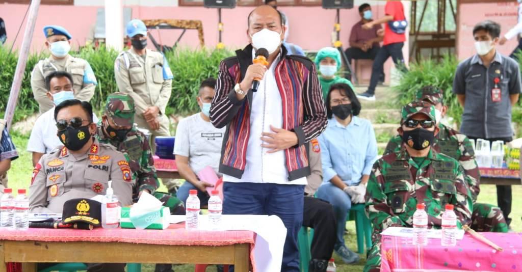 Bupati Tapanuli Utara, Drs. Nikson Nababan, bersama Pangdam I/BB Mayjen TNI Hasanuddin, Kapolda Sumut Irjen Pol RZ Panca Putra Simanjuntak. (Foto: dok_istimewa)