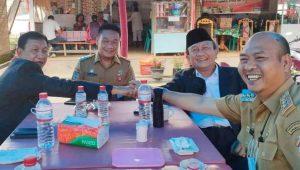 Bupati Taput Nikson Nababan Bersama Mantan Bupati, Torang Lumbantobing dan RE Nainggolan. (Foto: dok_istimewa)