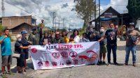 Minta Pemerintah untuk menutup PT.Toba Pulp Lestari, sejumlah warga melakukan aksi jalan kaki dari Kabupaten Toba, Sumatra Utara (Sumut) menuju Jakarta. (Foto: dok_ts)
