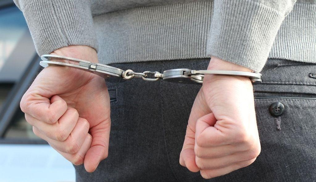 Buron kasus pembalakan liar, Adelin Lis, ditangkap Pemerintah Singapura. (Foto: Ilustrasi/net)