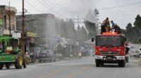 Penyemprotan CCairan Disinfektan di Kabupaten Humbahasd. (Dok_Res Humbahas)