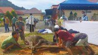 Idul Adha tahun ini, Polres Tapteng menyembelih 8 ekor hewan kurban untuk dibagikan kepada masyarakat, Selasa (20/7/2021).