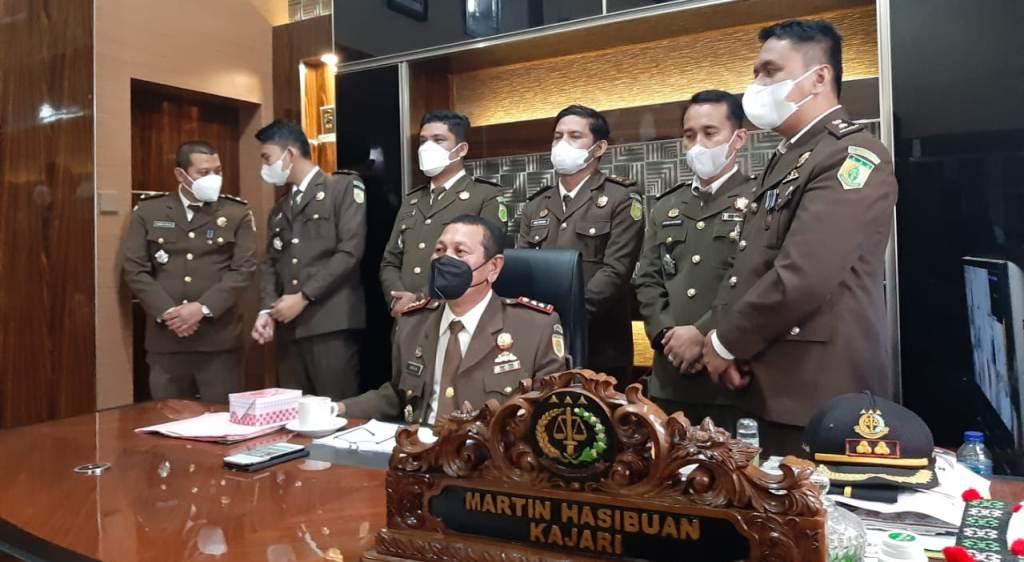 Foto: Kajari Humbang Hasundutan (Humbahas), Martinus Hasibuan Paparkan Capaian Kinerja di Momen Peringatan Hari Bhakti Adhyaksa Ke-61. (Jhon.S)