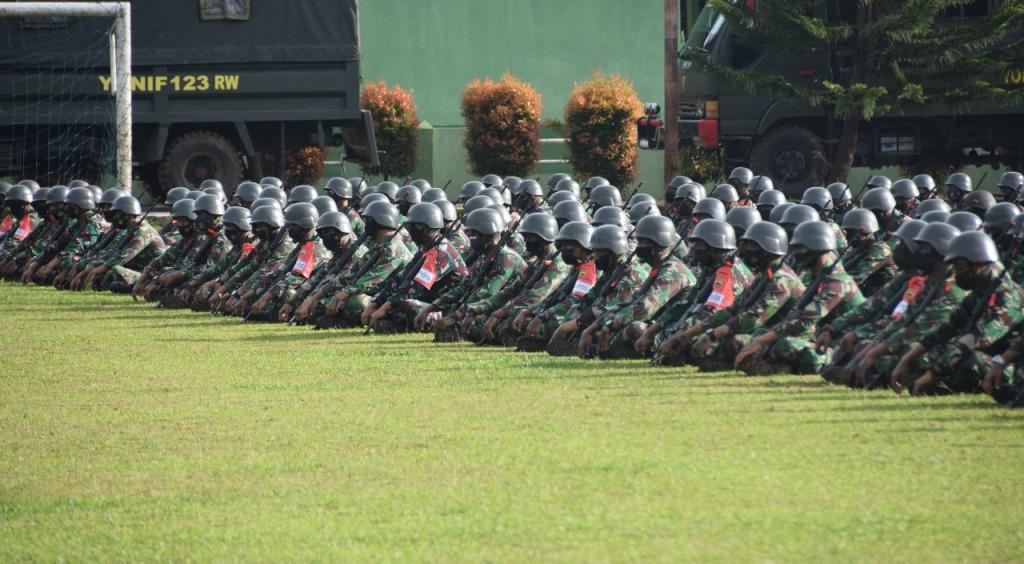 Latihan Pratugas Prajurit Yonif 123/RW sebelum bertugas pengamanan perbatasan RI-PNG. (Foto: dok/istimewa)
