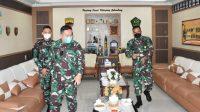 Mantan Danrem 023/Kawal Samudera (KS), Brigadir Jenderal TNI Donni Hutabarat mengunjungi Makorem 023/KS, Kamis (29/7/2021).