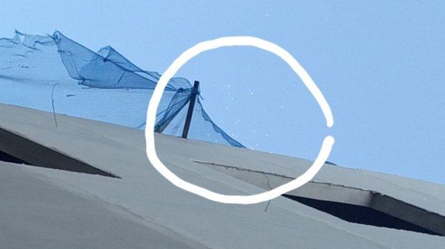Benda asing terbang di langit Bandung (Foto: tangkapan layar video)