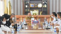Foto: Wali Kota Sibolga, Jamaluddin Pohan menerima Audensi Pengurus Daerah (PD) Ikatan Guru Indonesia (IGI) Kota Sibolga, Senin (6/9/2021). (dok/istimewa)