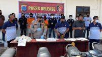 Foto: Paparan Tersangka IL dadn barang bukti saat konferensi pers di Mapolres Taput