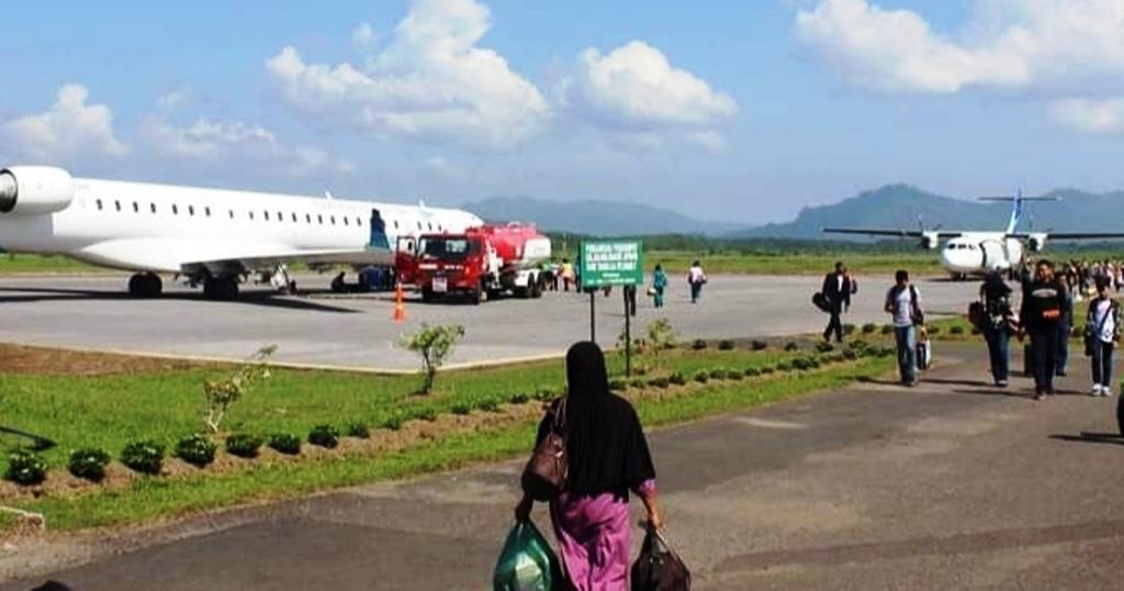 Suasana di Bandara Dr Ferdinand Lumbantobing Tapteng (Foto: dok/istimewa)